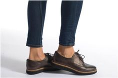 sports shoes bf6d8 721bf Chaussures à lacets Glick Darby Clarks vue portées chaussures Clarks,  Oxford Shoes, Shoe,