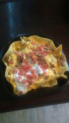 [I ate] It's a bowl of nachos in a bowl made of nachos. http://ift.tt/2e2Vls1