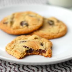 New York Times Chocolate Chip Cookies - Pinch of Yum