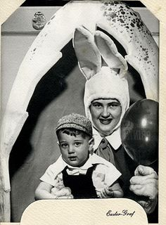 Yes, Easter! What little boy or girl doesn't look forward to the traditional Easter Egg Hunt. Cherish waking up on Easter morn to see what the bunny has left. Creepy Clown, Scary, Creepy Stuff, Easter Bunny Pictures, Bunny Pics, Easter Bunny Costume, Vintage Magazine, Bad Santa, Easter Story