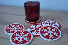 make Christmas table decoration with children - perler beads - iron beads - perl . - make Christmas table decoration with children – perler beads – iron beads – perline da stirar - Hama Beads Design, Diy Perler Beads, Hama Beads Patterns, Perler Bead Art, Beading Patterns, Christmas Perler Beads, Art Perle, Motifs Perler, Peler Beads