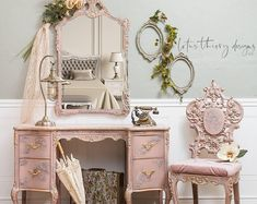 Gorgeous French Provincial Vanity Set wit baroque chair and mirror. Painted in blush pink with texture and gold accents. Tufted char cushioin with new foam. Pink Furniture, Shabby Chic Furniture, Vintage Furniture, Furniture Decor, Painted Furniture, Furniture Design, Distressed Furniture, Refinished Furniture, Upcycled Furniture