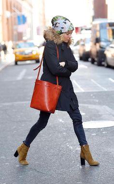 Sienna Miller's Look for 2015 (15\01) - Vogue Isabel Marant boots and a Mansur Gavriel bag
