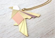 Sautoir origami exotic bird 55,00 € http://www.laboutiquedelouise.com