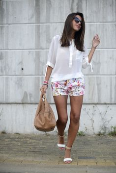 the white must havethe white must have - Lovely Pepa by Alexandra