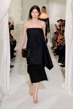 Maison Martin Margiela at Paris Fashion Week Spring 2013 - Runway Photos