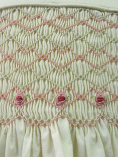 joliebee_Hand_Smocked_Dress_Detail_I08007 | Flickr - Photo Sharing!