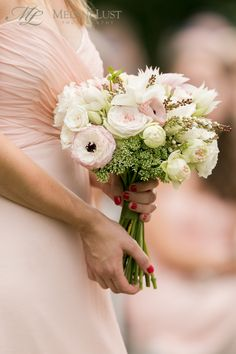 bouquet bridesmaid pink blush cream green white by KD&J Botanica, ©MelaniLustPhotography