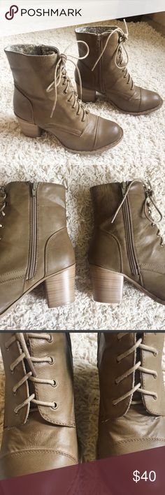 Lace Up Block Wedge Taupe/Olive Ankle Booties 8 Lace Up Block Wedge Taupe/Olive Booties Size 8. True to size m. Very comfortable. Great condition. Easy to pair with leggingsand a sweater or a dress and Mitto jacket.  💐Bundle and save 20%. Shoes Ankle Boots & Booties