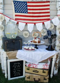 Vintage 4th of July Party Decor!