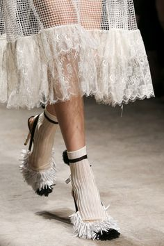 Rochas Spring 2015 Ready-to-Wear Fashion Show Details