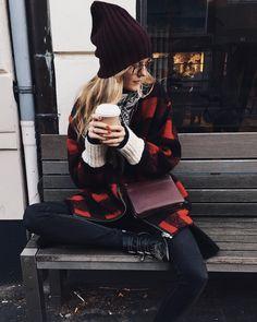 Chai o'clock❄️☕️ Winter Looks, Fall Winter, Marie Von Behrens, Susanna Boots, Beautiful Outfits, Beautiful Women, Lala Berlin, Boss Lady, Style Me