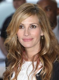 Julia Roberts, love her hair here 2015 Hairstyles, Short Hairstyles For Women, Trendy Hairstyles, Julia Roberts Blonde, Emma Roberts, Stars D'hollywood, Great Hair, Amazing Hair, Gorgeous Hair