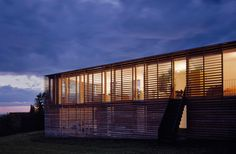 Constructed in 1996 Kern House was designed by Austrian architects Baumschlager Eberle. The exterior lattice structure provides a certain level privacy while letting in the maximum amount of light.