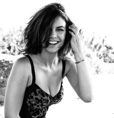 Wake Our World — lesravageurs:    Ravageuses smile. | Lauren Cohan...