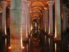 La Cisterna Sumergida de Estambul
