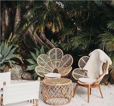 patio inspo Außenbereich Top Summer Furniture for Your Outdoor Space Patio Interior, Interior And Exterior, Interior Design, Diy Exterior, Interior Livingroom, Interior Modern, Interior Ideas, Garden Seating, Outdoor Seating