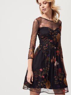 Siateczkowa sukienka z kwiatowym motywem, SUKIENKI, KOMBINEZONY, czarny, MOHITO