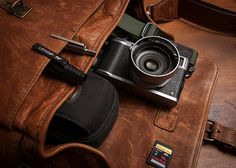 """Every Day Carry - Ona """"The Bowery"""" and Fuji X100S"""