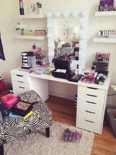Jaclyn Hill's vanity area
