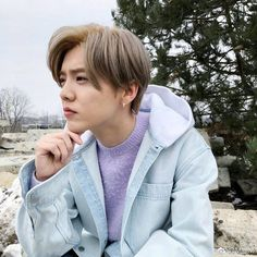 鹿晗 Luhan in Vienna Austria 20180305 Weibo update Luhan Exo, Exo Ot12, Hoseok, Seokjin, Kris Wu, Chanbaek, Namjin, Yoonmin, Taeyong