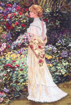 """Вышивка """"В ее саду"""""""