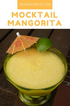 I'm not really much of a margarita drinker, but I do know many people who absolutely love them. How about trying this healthy alternative, instead of the usual heavy sugar-laden version? Healthy Summer Recipes, Healthy Drinks, Healthy Eating, Drinks Alcohol Recipes, Drink Recipes, Alcoholic Beverages, Beyond Diet Recipes, Frozen Banana, Healthy Alternatives