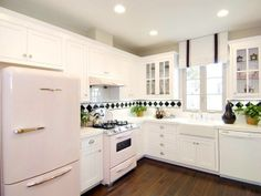 Dream kitchen - L-shaped kitchen with white cabinets (this is 21 nice L-kitchen) - Comfortable home