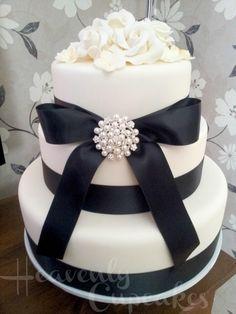 Wedding Cakes Ivory And Black - 5000+ Simple Wedding Cakes