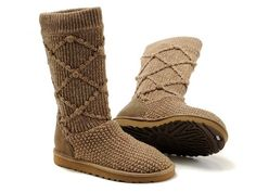Pretty brown Ugg boots!
