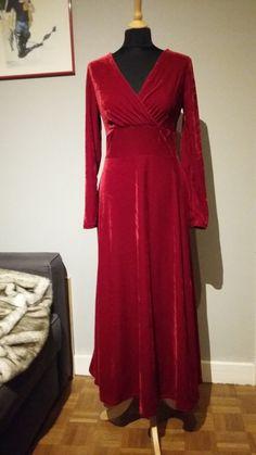 longue en robe longue velours stretch prune compagnie coudre velours rouge magnifique robe robes luckyfind 30