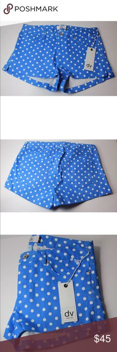 "Dolce Vita Women's Medium Blue Polka Dot Shorts These adorable shorts are unworn and measure 15"" across the waist. Dolce Vita Shorts"