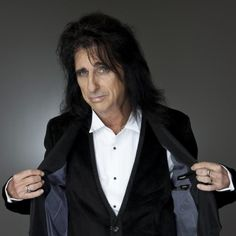 Alice Cooper in a Tux, Alice Cooper, Alice Sweet Alice, Go Ask Alice, Star Pictures, Star Pics, Tonight Alive, Joan Jett, Claire Holt, Heavy Metal Bands