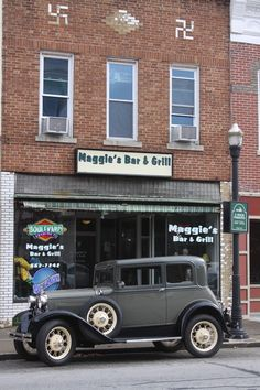 'Maggie's Bar & Grill' by Maggie's Bar, Boonville Missouri, Bar Grill, Grilling, Bucket, Cars, Pictures, Photos, Crickets