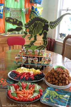 Sharing fun party decor, games, food ideas & more for a Dino Dig birthday party any future Paleontologist would love. 3 Year Old Birthday Party Boy, Birthday Party At Park, Birthday Themes For Boys, Dinosaur Birthday Party, Birthday Party Themes, 4th Birthday, Birthday Ideas, Dinasour Birthday, Sister Birthday