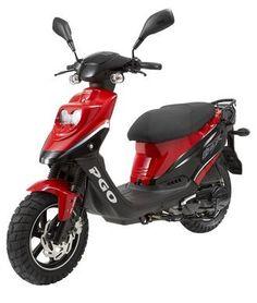 Le PGO Big Max est un scooter de petite cylindrée. En effet, C'est un 49,4 cc. Le moteur mono-cylindre à 2 temps est refroidi par air forcé. Il délivre 5,5 cv à 6500 tr/min. De quoi offrir de bonnes accélérations avec un ensemble de 72 kg à vide. Le confort est assuré par des suspensions hydrauliques, avec mono-amortisseur arrirère. Le freinage des roues 10 pouces à pneus larges est assuré par un étrier mordant sur un disque de Ø 155 mm à l'avant et par un tambour de Ø 110 mm à l'arrière.