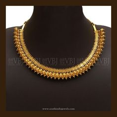 Simple Gold Necklace Designs And With Indian Gold Necklace Simple, Gold Jewelry Simple, Necklace Set, Pretty Necklaces, Short Necklace, Beautiful Necklaces, Gold Bangles Design, Gold Jewellery Design, Resin Jewellery