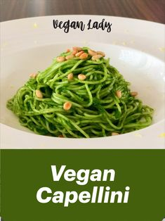 Capellini s kučeravým kelom a píniovými orieškami - Vegan Lady Kel, Vegan Vegetarian, Vegetarian Recipes, Capellini, Spaghetti, Lady, Cooking, Ethnic Recipes, Food