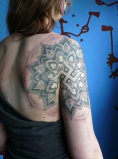 tattoo by ᛗᚫᚱᛏᛁᚾ ᛋᛏᚢᛚᛖᚱ