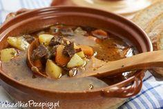 Prosta zupa gulaszowa #goulash soup http://www.wszelkieprzepisy.pl/zupa-gulaszowa/prosta-zupa-gulaszowa