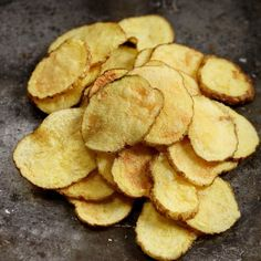 Potato chips made in microwave, ready in 3 minutes.