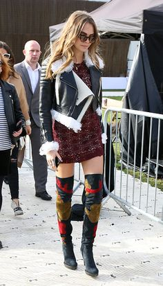 9 Fabulous Outfits You Missed Over The Weekend | The Zoe Report Cara Delevingne At Burberry Prorsum