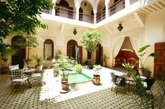 Located in the Medina a walk from Jamaâ el Fna Square this riad has a terrace with sun beds a hammam and a patio with a fountain. Riad Massiba Marrakesh Morocco D:Medina R:Marrakech-Safi hotel Hotels Le Riad, Riad Marrakech, Marrakesh, Moroccan Design, Hotel Reviews, Decoration, Architecture, Morocco, Terrace