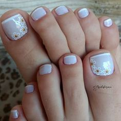 Installation of acrylic or gel nails - My Nails Pretty Toe Nails, Cute Toe Nails, Fancy Nails, Toe Nail Art, My Nails, Shellac Pedicure, Manicure Colors, Manicure And Pedicure, Glitter Pedicure