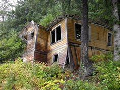 Picture - Abandoned building at the Gastineau Gold Mine in Juneau, Alaska.   PlanetWare