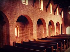 More arches. Fairbridge Memorial Chapel