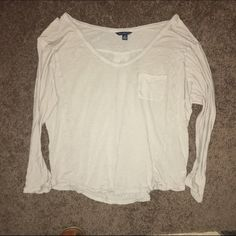 AE Cropped 3/4 Sleeve V-Neck Tee Sz Small Excellent condition. Never worn. V-neck Side pocket. It's like a heather khaki color. Size Small American Eagle Outfitters Tops Crop Tops