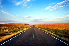 Dobbiamo andare e non fermarci mai finché non arriviamo. Per andare dove, amico? Non lo so, ma dobbiamo andare.. (Jack Kerouac, On the road)