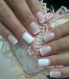american french nails Of July Pink Nails, Glitter Nails, My Nails, Simple Acrylic Nails, Simple Nails, Nail Deco, Nail Tip Designs, Nail Design, Bride Nails