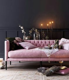 Home Inspo! How pretty is this set up? So in love with this pink sofa Home Inspo! How pretty is this set up? So in love with this pink sofa Decor Room, Living Room Decor, Bedroom Decor, Home Decor, Art Deco Interior Living Room, Art Deco Sofa, Casa Lea, Rosa Sofa, Living Room Designs
